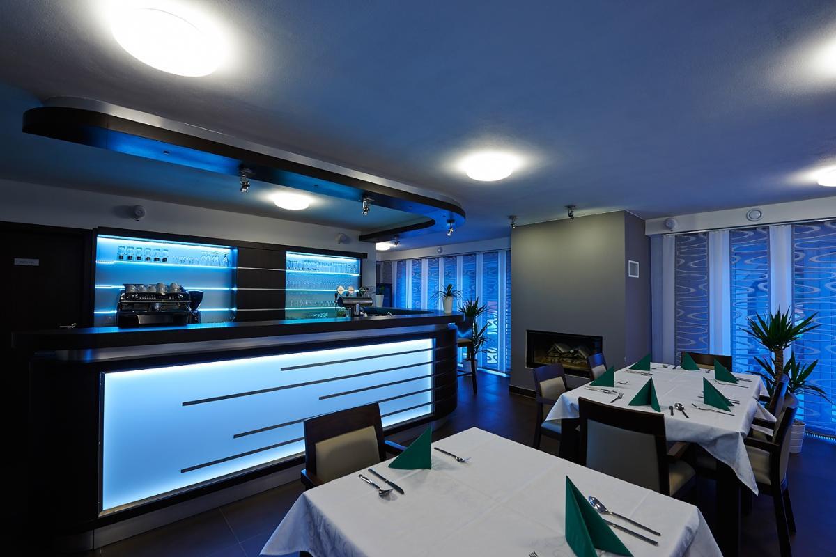 Restaurace2